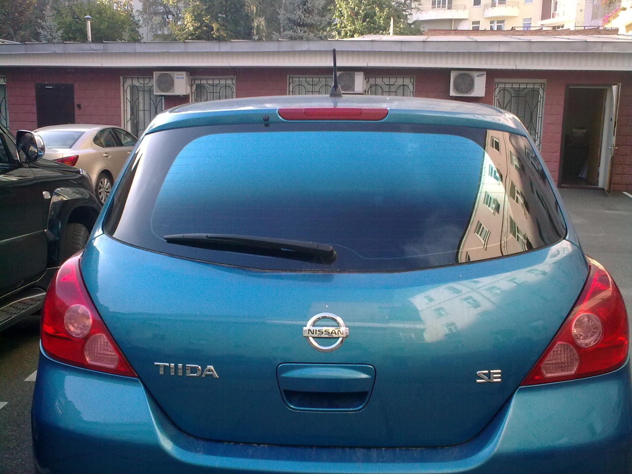 тонировка Nissan Tiida