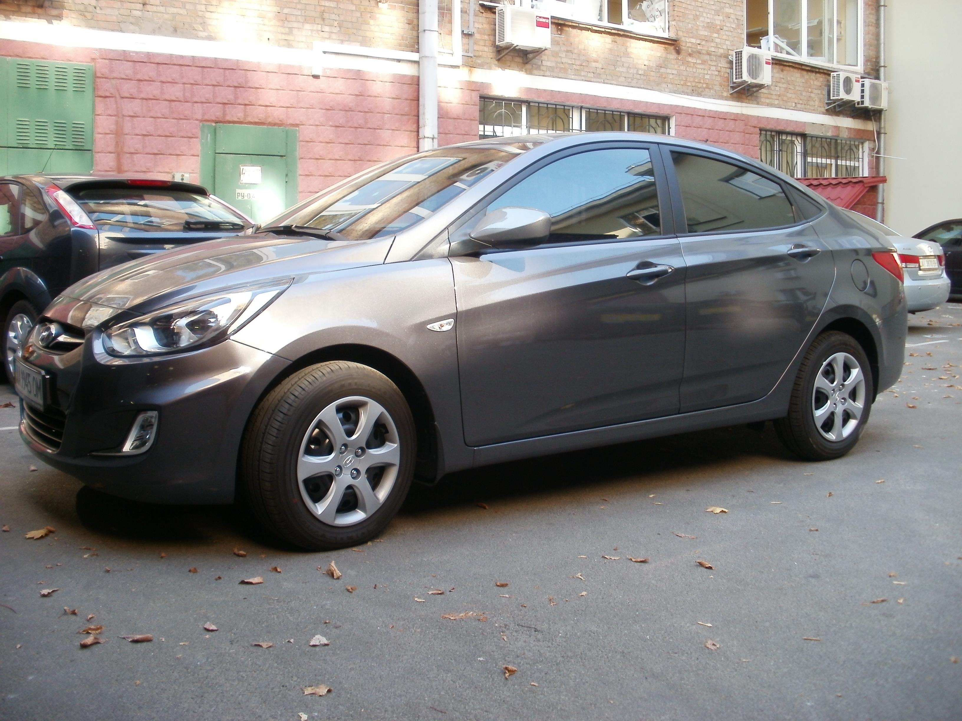 тонировка авто киев Hyundai Accent