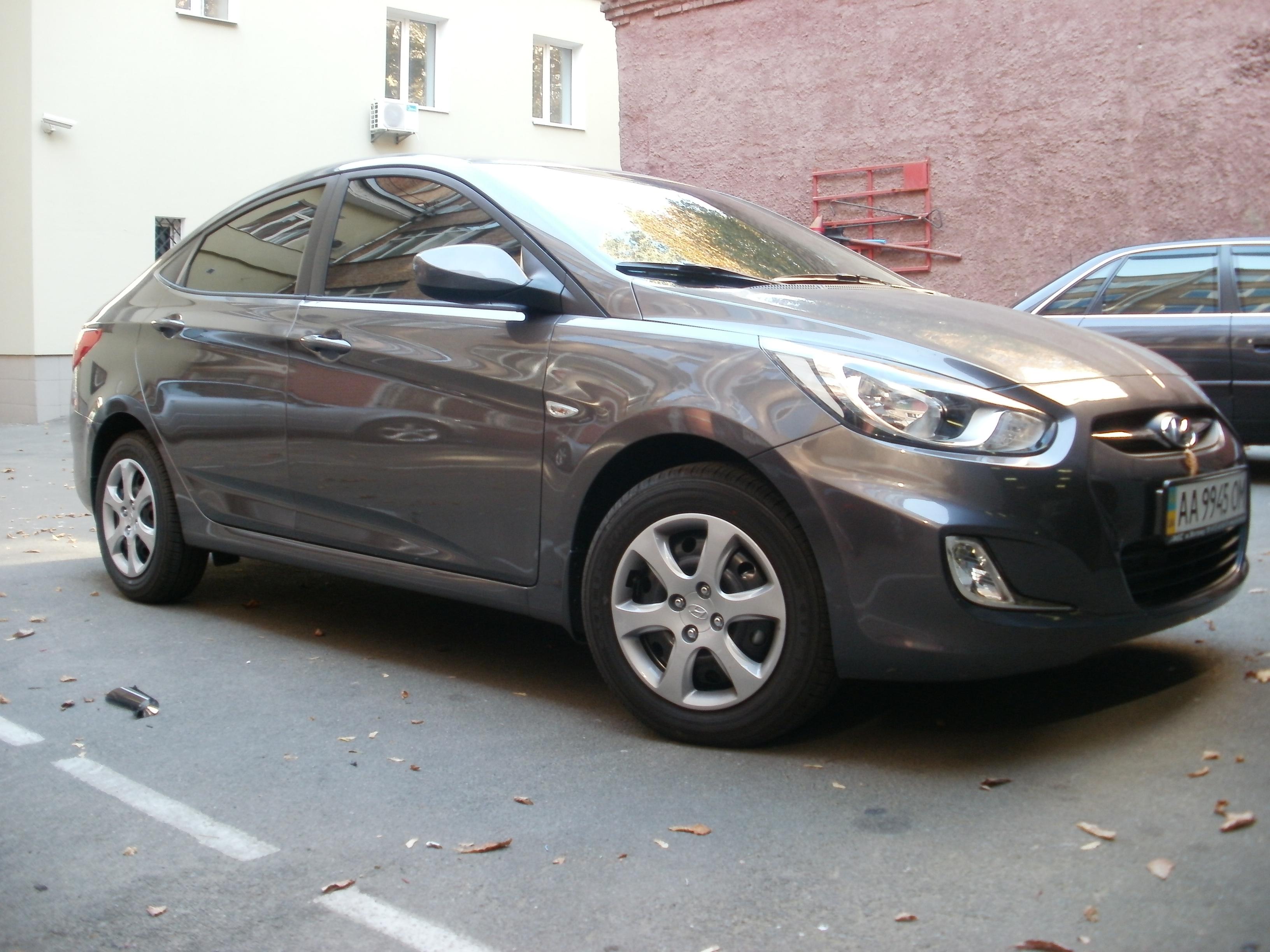 тонировка Hyundai Accent