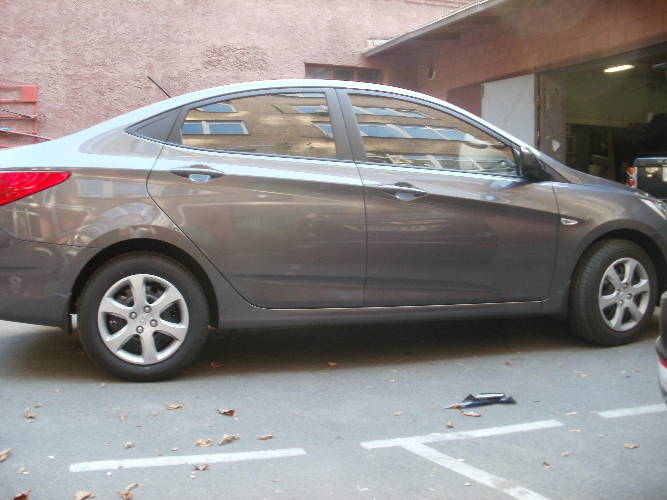тонировка стекла Hyundai Accent купить