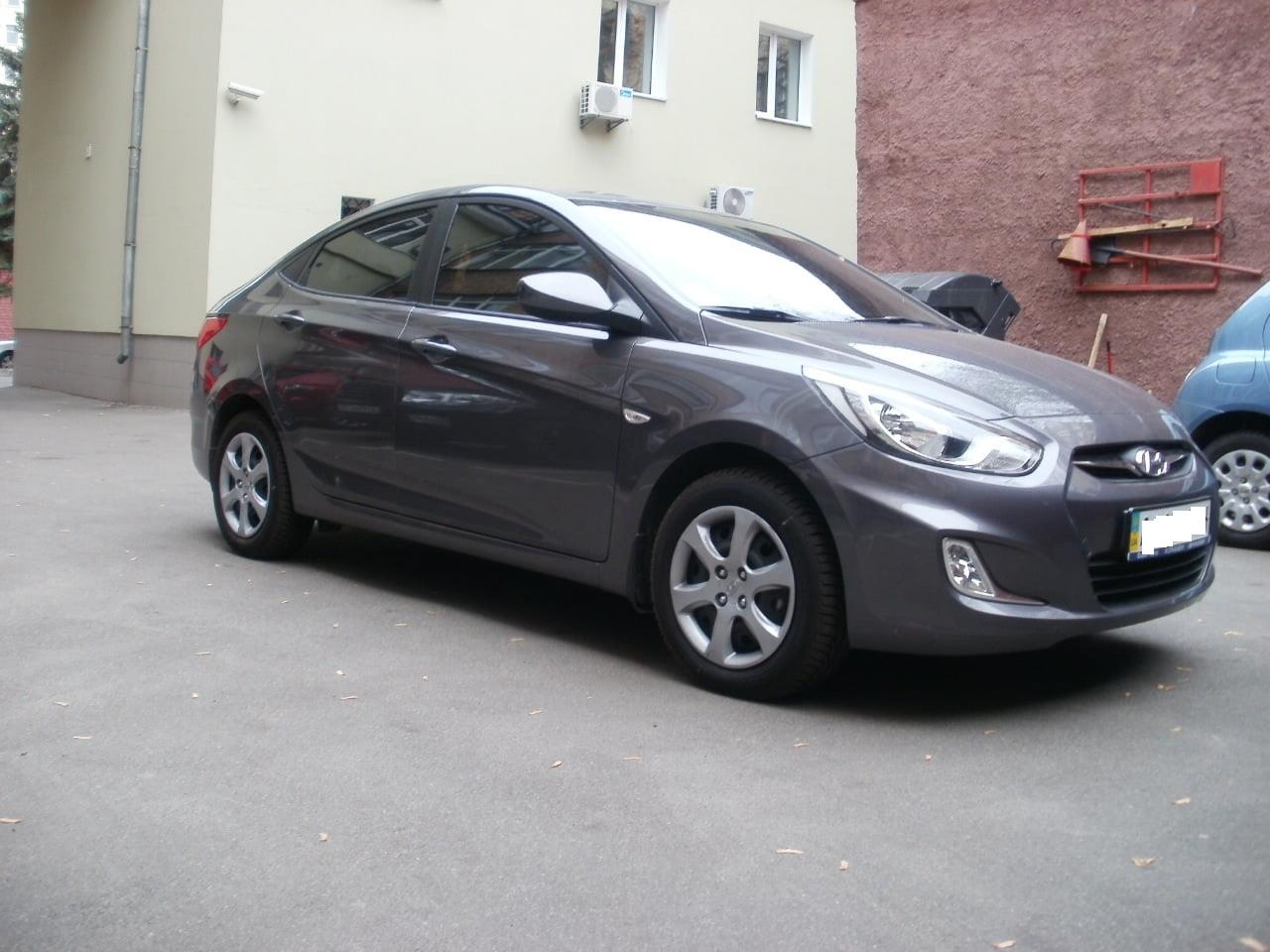 Тонировка автомобиля Hyundai Accent